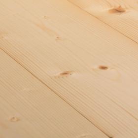 Spruce – паркетна дошка з хвойних порід дерева.