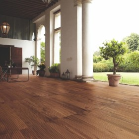 Marine Teak – терасна дошка з ексклюзивної деревини.