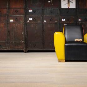 Fabrique Corde – паркетна дошка з деревини берези з рельєфною поверхнею.